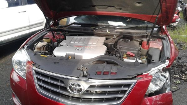 2007 Toyota Aurion Red