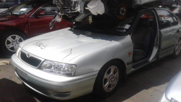 2001 Toyota Avalon Silver