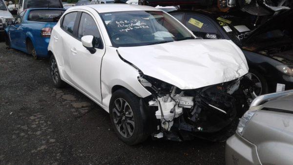 2015 Mazda 2 Hatchback White