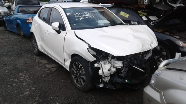 2015 Mazda 2 Hatchback White