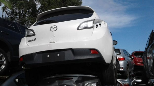 2011 Mazda 3 Hatchback White