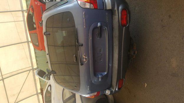 2004 Hyundai Santafe Blue