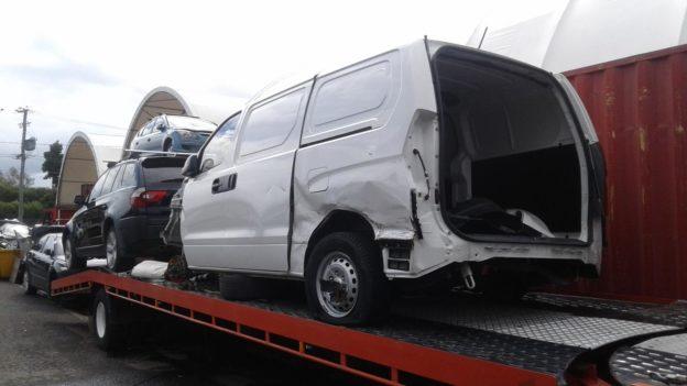 2016 Hyundai Iload White