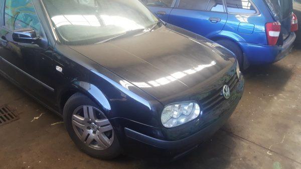 2002 Volkswagen Golf Black